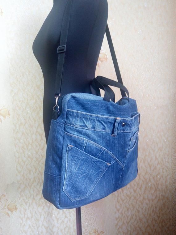 Laptop bag from recycled jeans Rigid shape and many