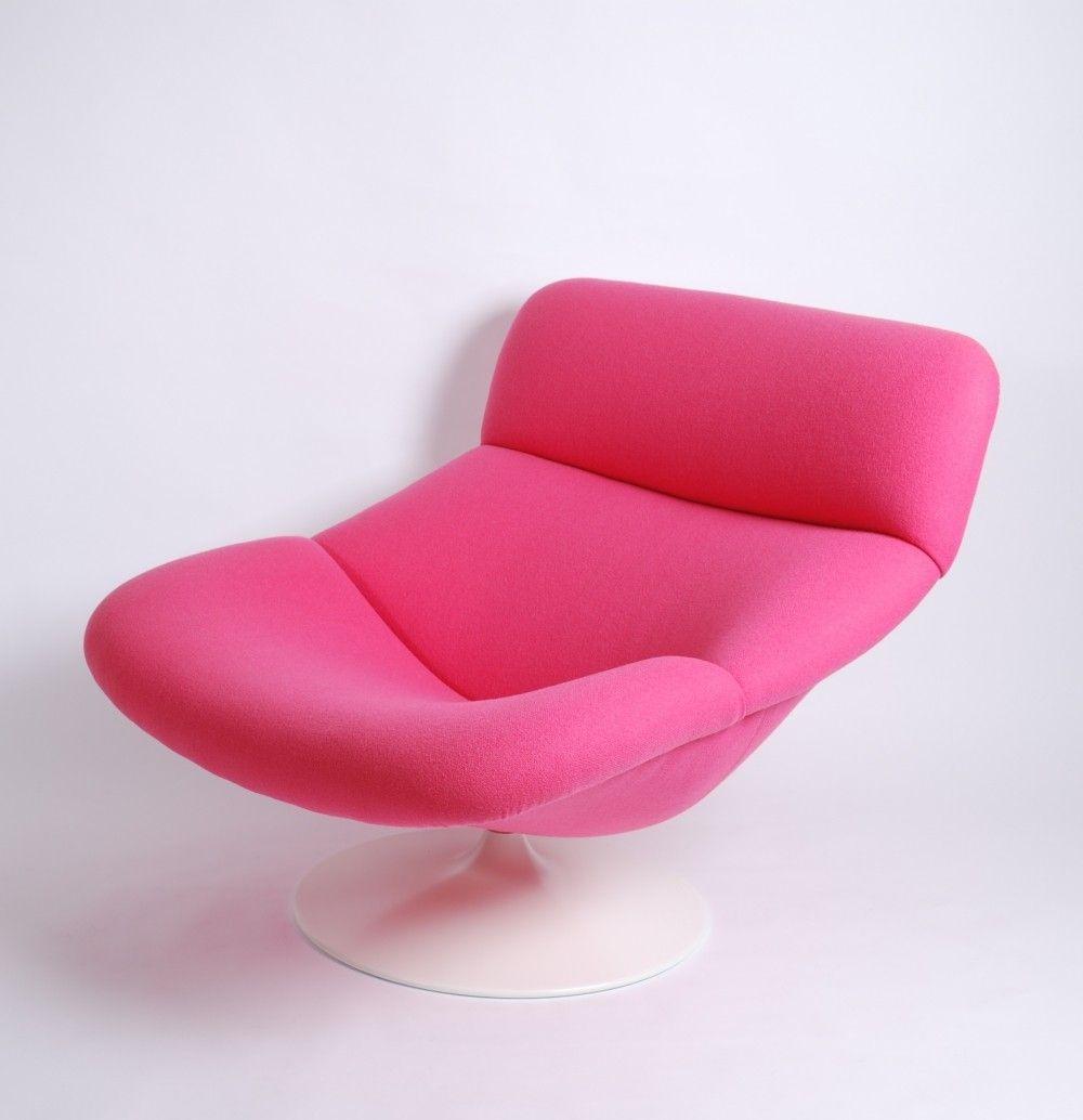 Artifort pink f518 lady lounge swivel chair by geoffrey