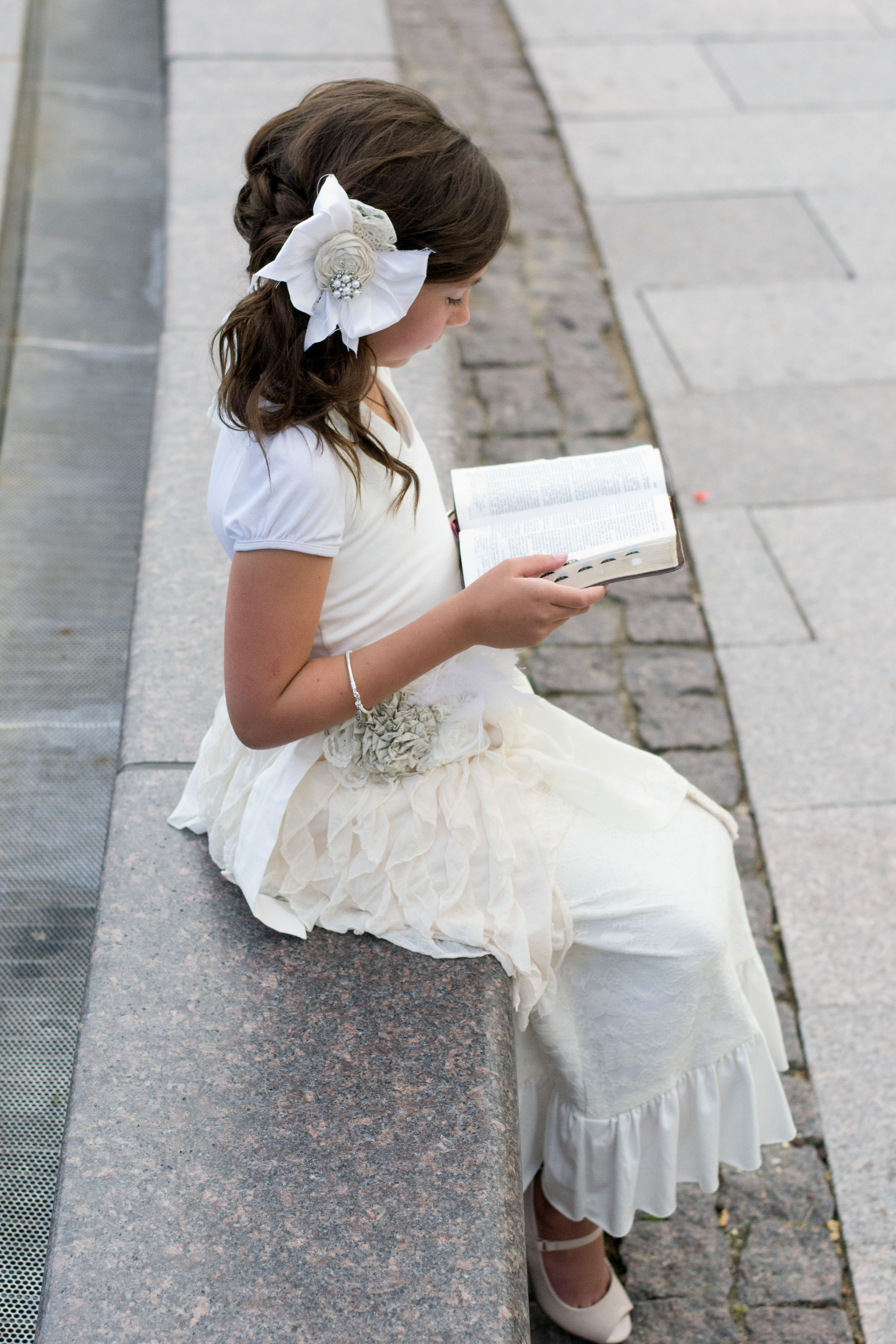 Love the hair accessory Baptism pictures | Baptism/Communion ...