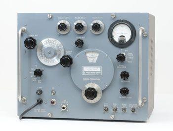 HP 616A Microwave Generator