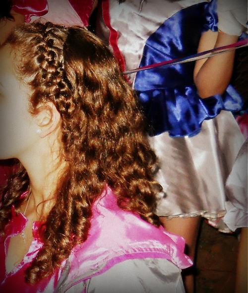 headband braid - trenza cintillo . http://www.hairstyles-haircuts.com ✿