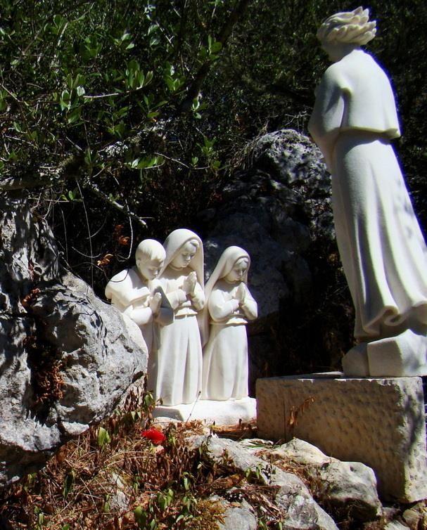 Fatima E A Devocao A Virgem Maria Pastorinhos De Fatima Virgem