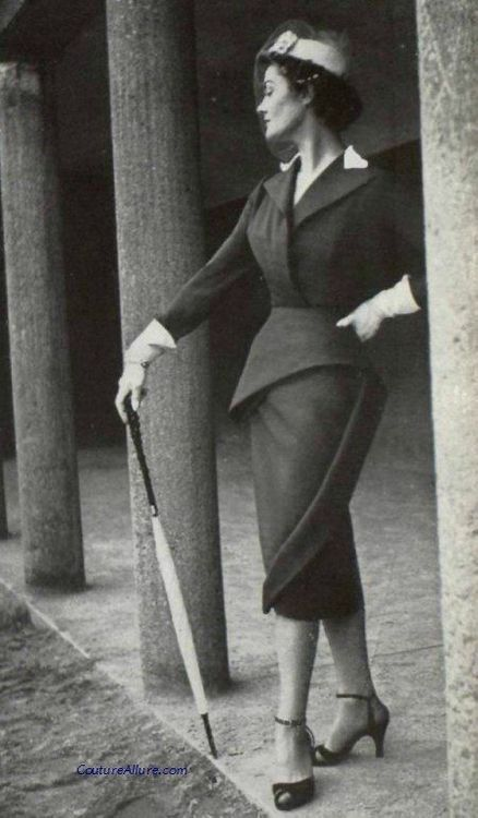 Model wearing a suit by Lanvin-Castillo, 1951.