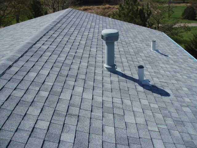 Best Light Colored Shingles Such As This Grey Speckled Asphaltroof Reflect Light Making A Home 640 x 480