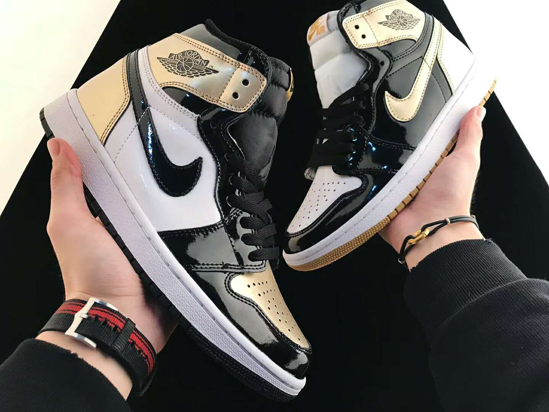 Air Jordan 1 Retro High Og Gold Top 3 861428 001 Air Jordans