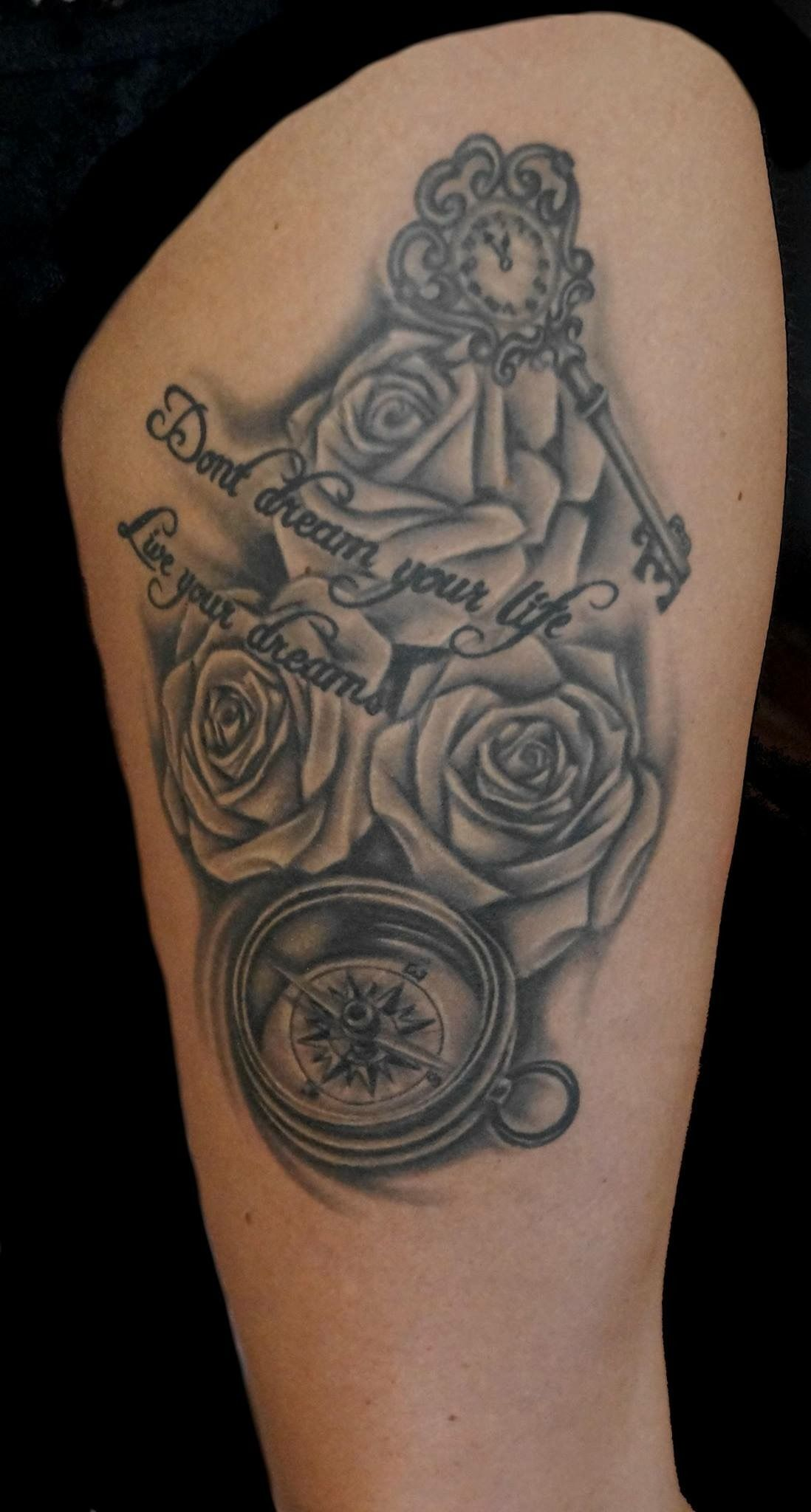 rosen rose kompass compass tattoo bunte leute tattoo art pinterest. Black Bedroom Furniture Sets. Home Design Ideas