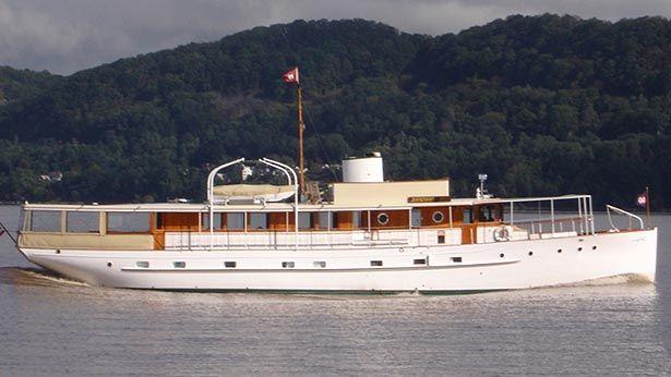 Bartram Brakenhoff Signs Vintage Motor Yacht Innisfail For Sale