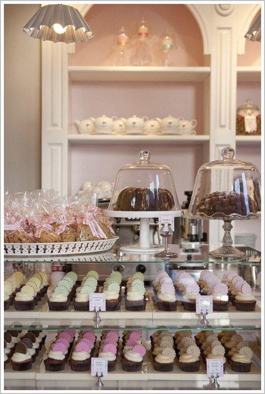 Bakery tour peggy porschen cakes bakeries bakery ideas for Bakery shop decoration ideas