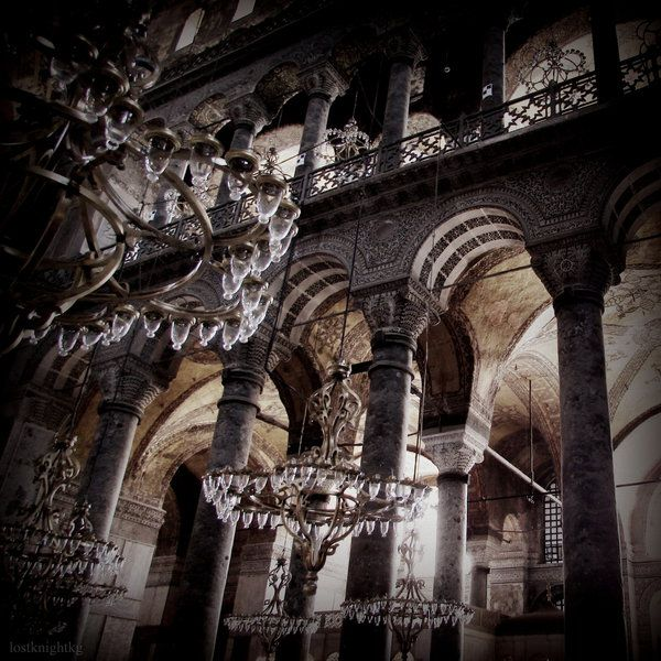 Hagia Sophia Lights by lostknightkg