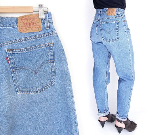 Sz 12 High Waisted Levi's 512 Slim Fit Mom Jeans Vintage