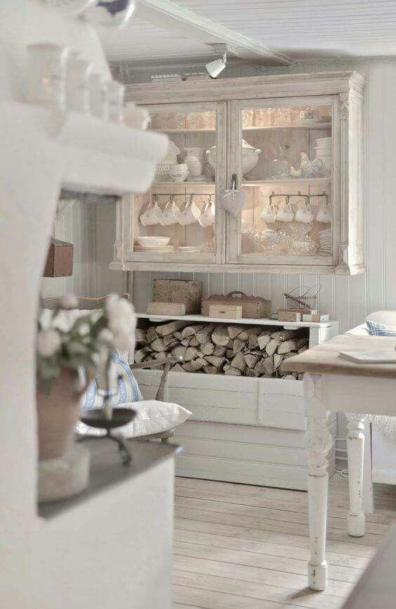 homey pretty decor with white shabby chic kitchen shabby rh pinterest ch
