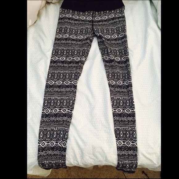 Tights tribal leggings Tribal print leggings. Worn only once (for picture taking) Kohls Pants Leggings