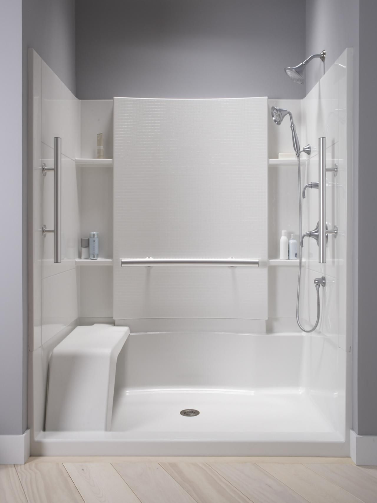 Design of bathrooms with showers
