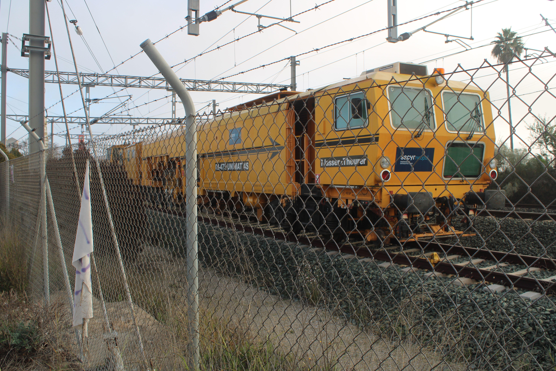 tren de mantenimiento de infraestructuras estacionado en una estación de ferrocarriles   El Puerto de Santa Maria