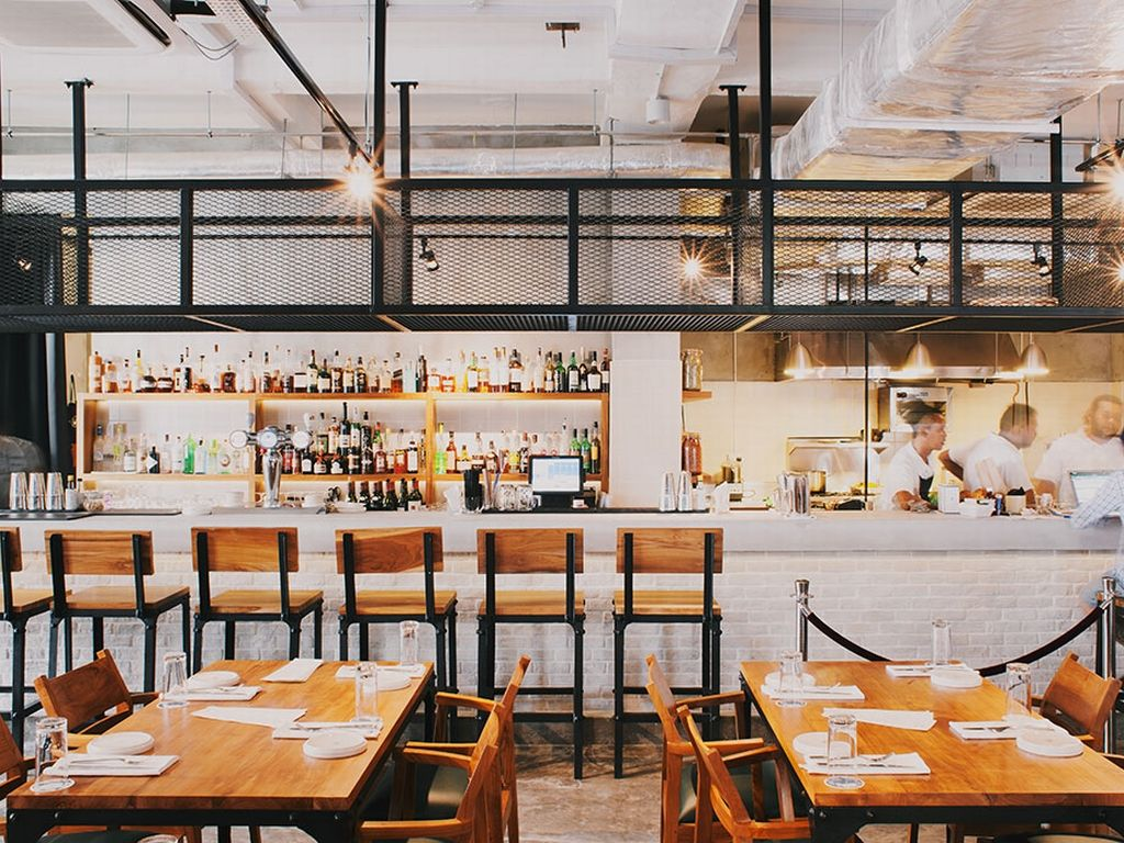 Cool Bars In Singapore Your Ultimate Guide To Trendy Drinking Spots Open Kitchen Restaurant Kitchen Design Open Restaurant Patio
