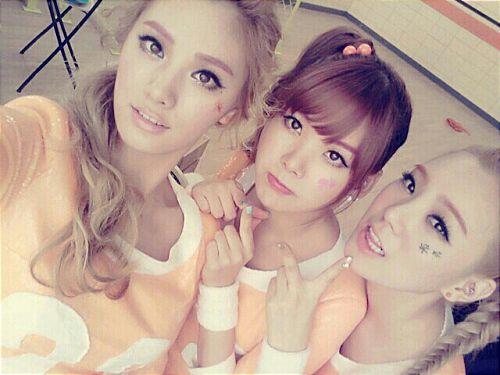Orange Caramel's Nana posts comeback preview photo