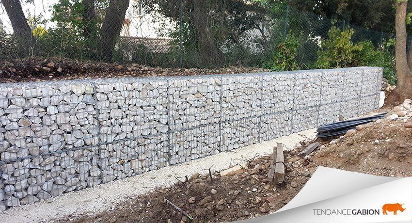 Tendance gabion petit mur de sout nement de 1 20m de hauteur en 2 rangs 70cm sur 50cm pos - Mur soutenement gabion ...