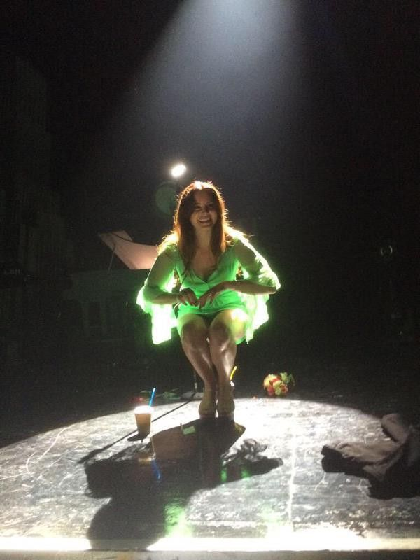 Lana performing at 'DTE Energy Music Theatre', Village of Clarkston, Michigan (May 31, 2015) #TheEndlessSummerTour