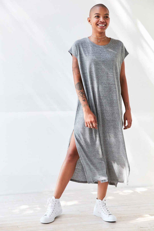 Our Fall Wardrobe In 10 Pieces T Shirt Maxi Dress Via Urbanoutfitters Maxi Tshirt Dress Maxi Dress Urban Dresses [ 1440 x 960 Pixel ]