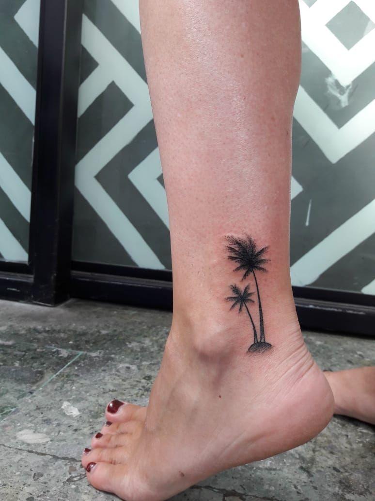 Palm tree tattoo tattoos palm tree tattoo tattoo catalog