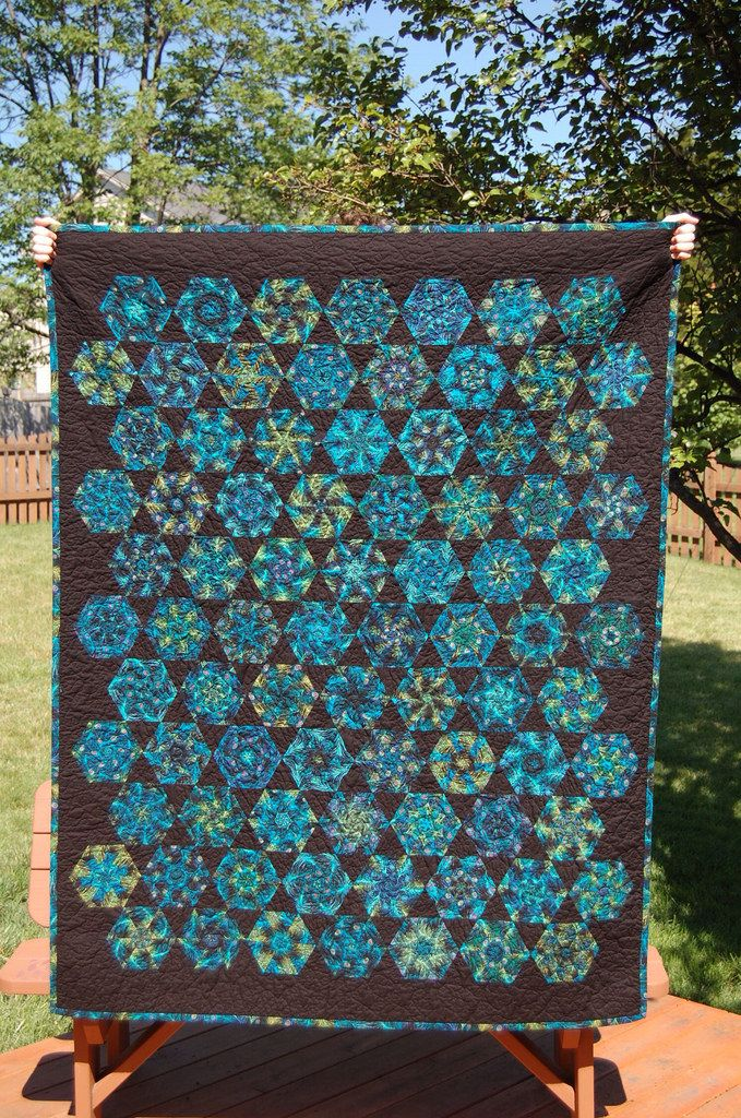 Ginny eaton blue and redwork quilt kaleidoskop patchwork ideen und patchwork - Patchwork ideen ...