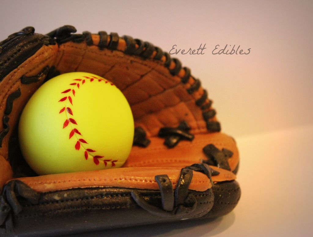 Softball/baseball Glove Cake Topper Fondant