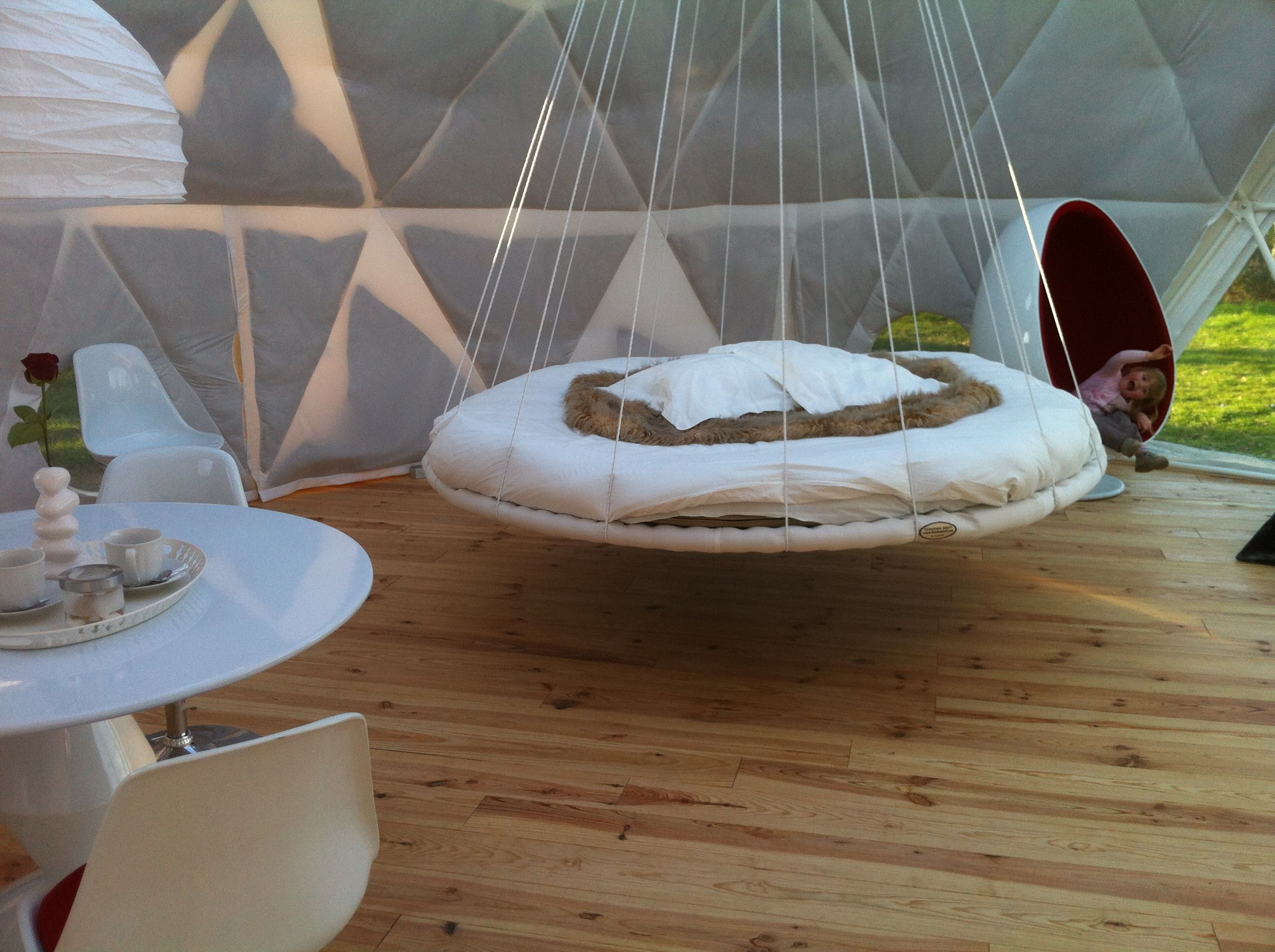 Floating Bed Outdoor