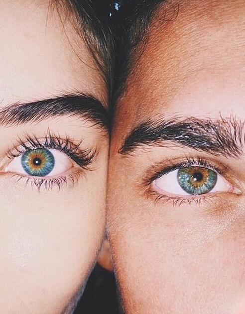 Blue eyes and brown eyes