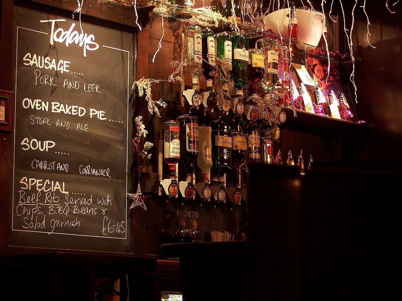 London Pubs: 14 Of The Best Pubs In London (Updated Feb 17)
