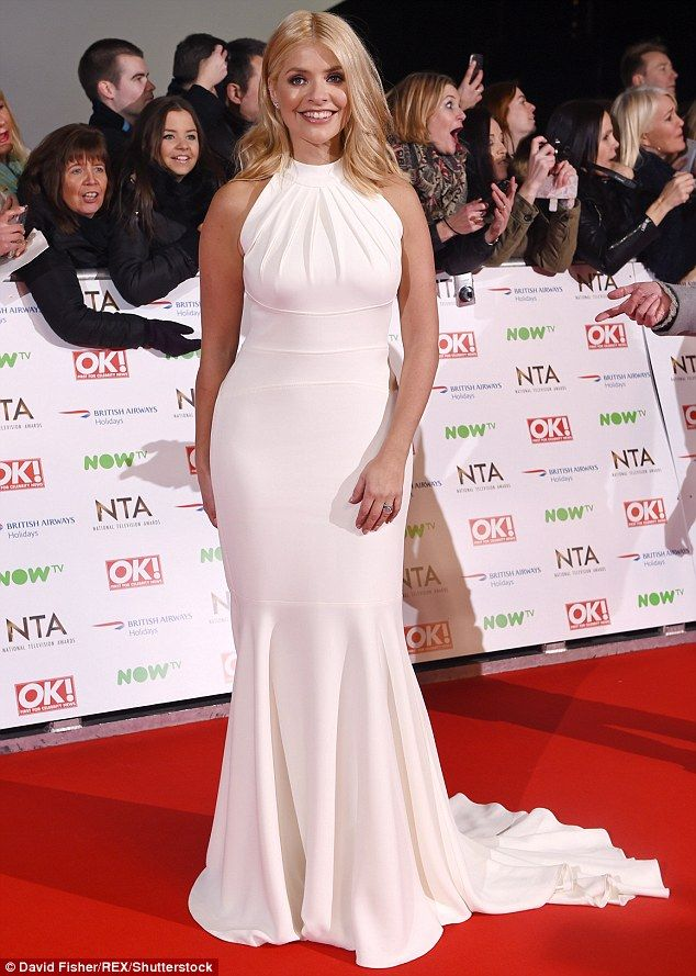 Holly Willoughby Flaunts Her Slim Curves In A White Ball Gown At Ntas