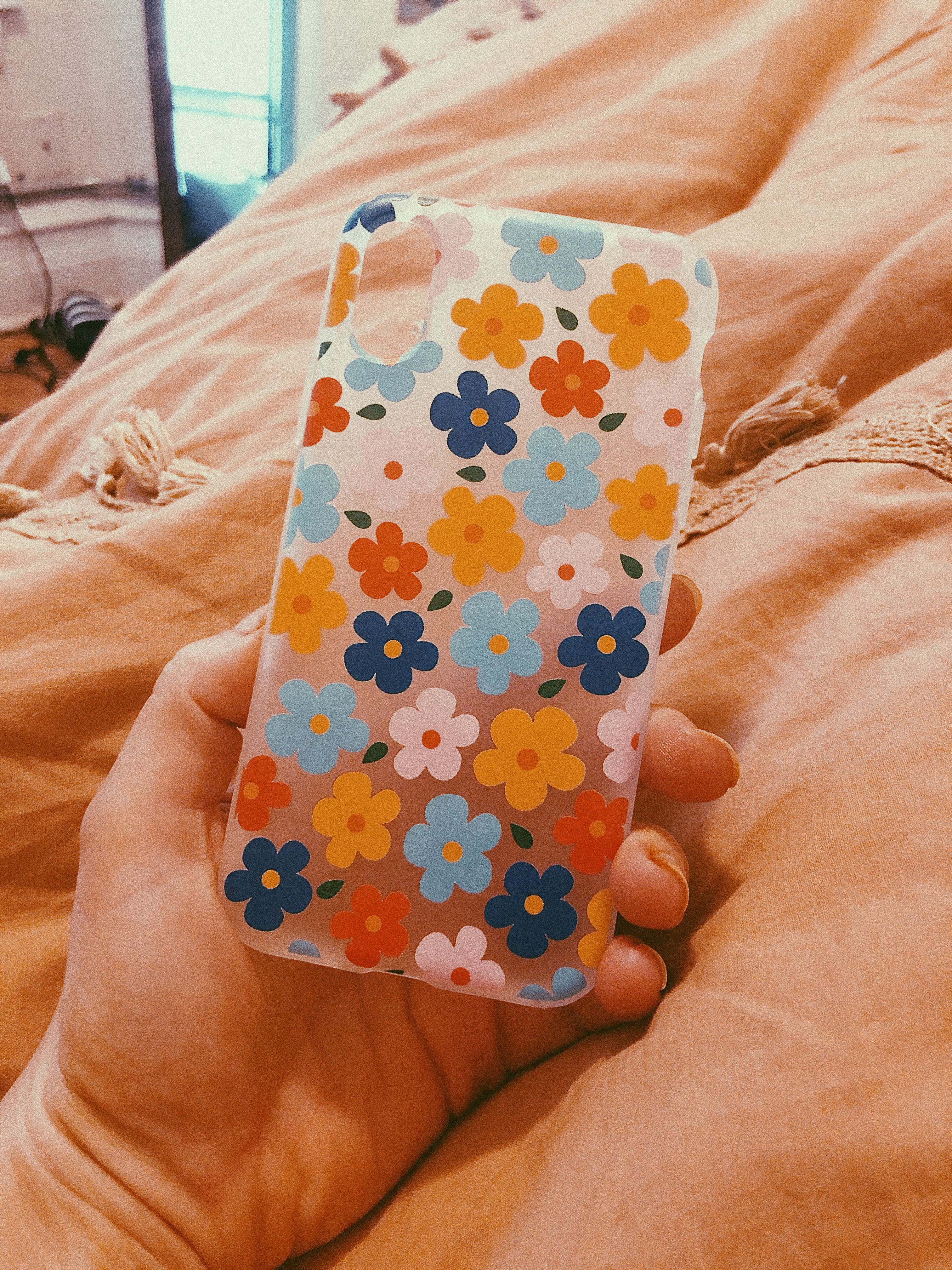 Daisy Clear Phone Case (With images) | Clear phone case ...