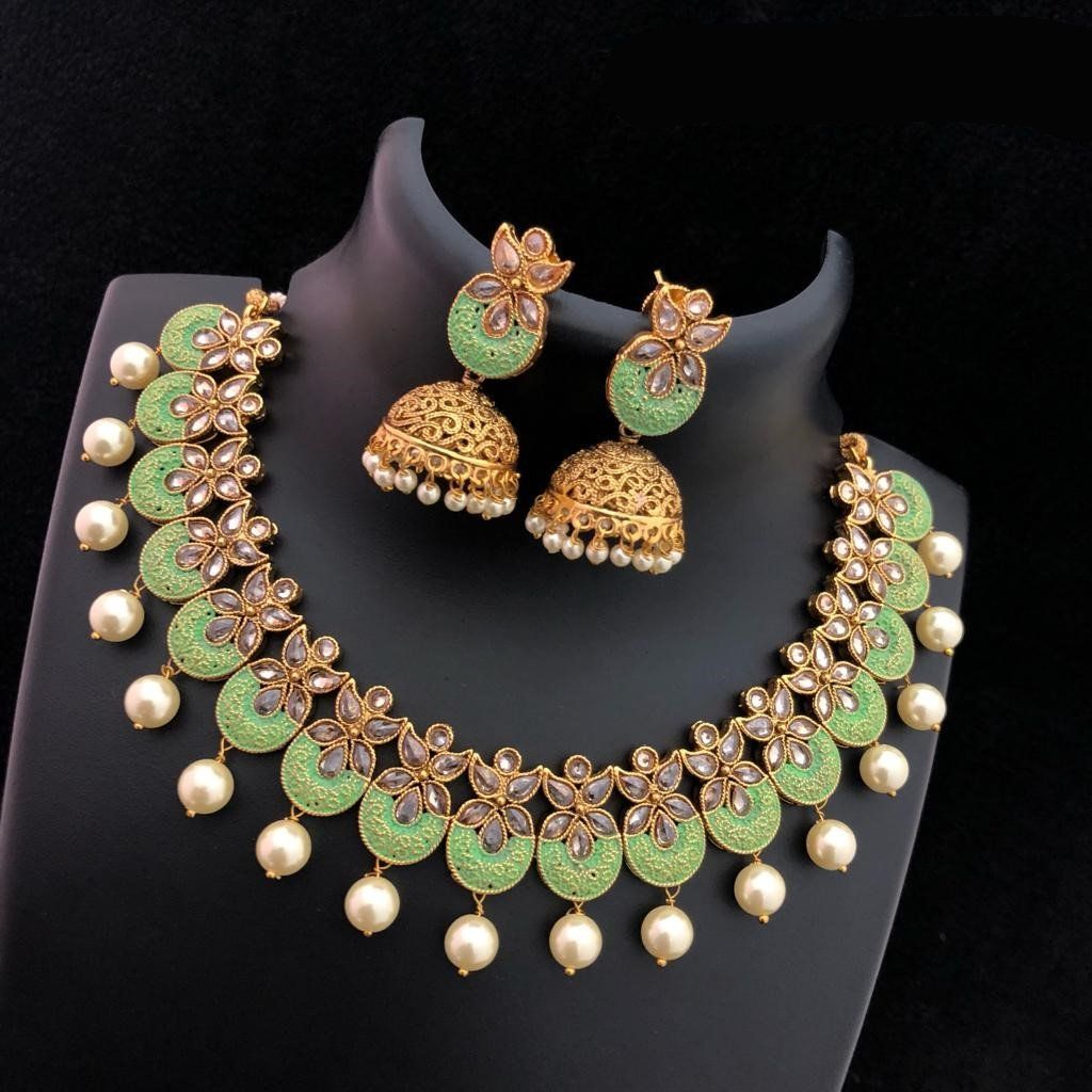 Elegant Traditional Necklace With White Pearl With