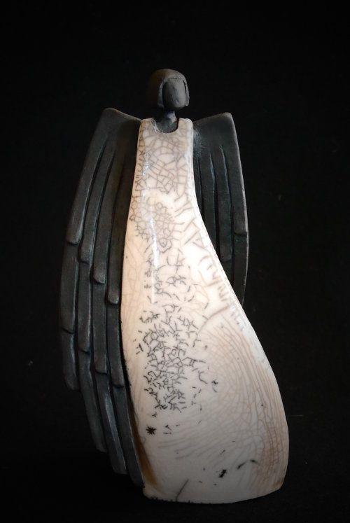 engel mit gro en fl geln keramik kunst blog projekt engel pinterest keramik kunst. Black Bedroom Furniture Sets. Home Design Ideas