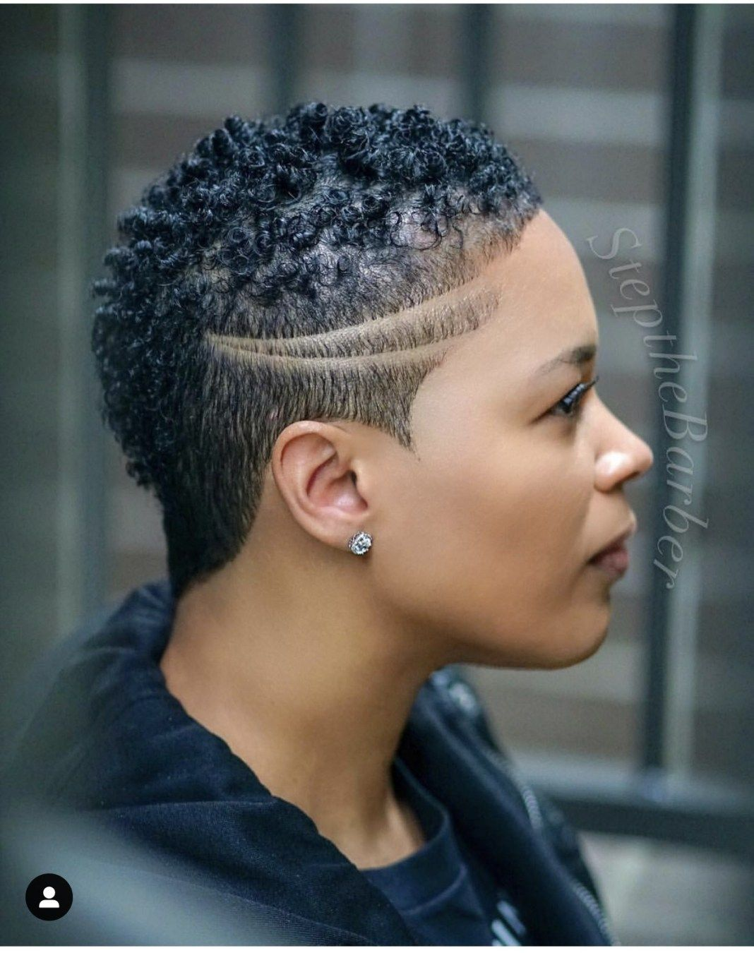 6 Fade Haircuts For Women By Step The Barber Short Fade Haircut Tapered Hair Natural Hair Styles