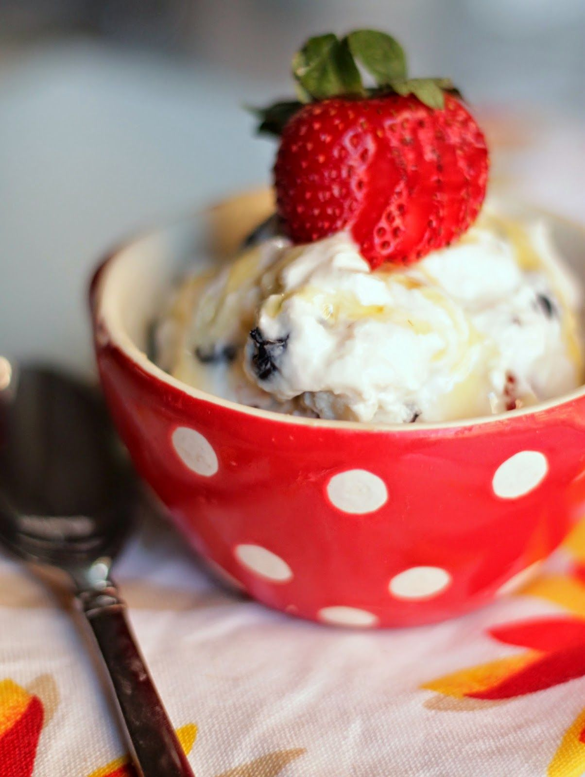 {Greek Frozen Yogurt with Berries and Honey}