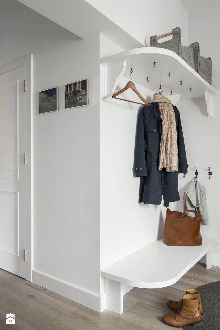 Prostota i Piękno - Biały hol / przedpokój, styl eklektyczny - zdjęcie od EG projekt #entreindretning