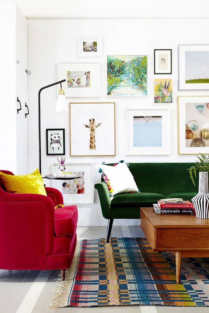 #Armonía y #estilo combinando #rojo y #verde en tu #salón. #salonesycuartosdeestar