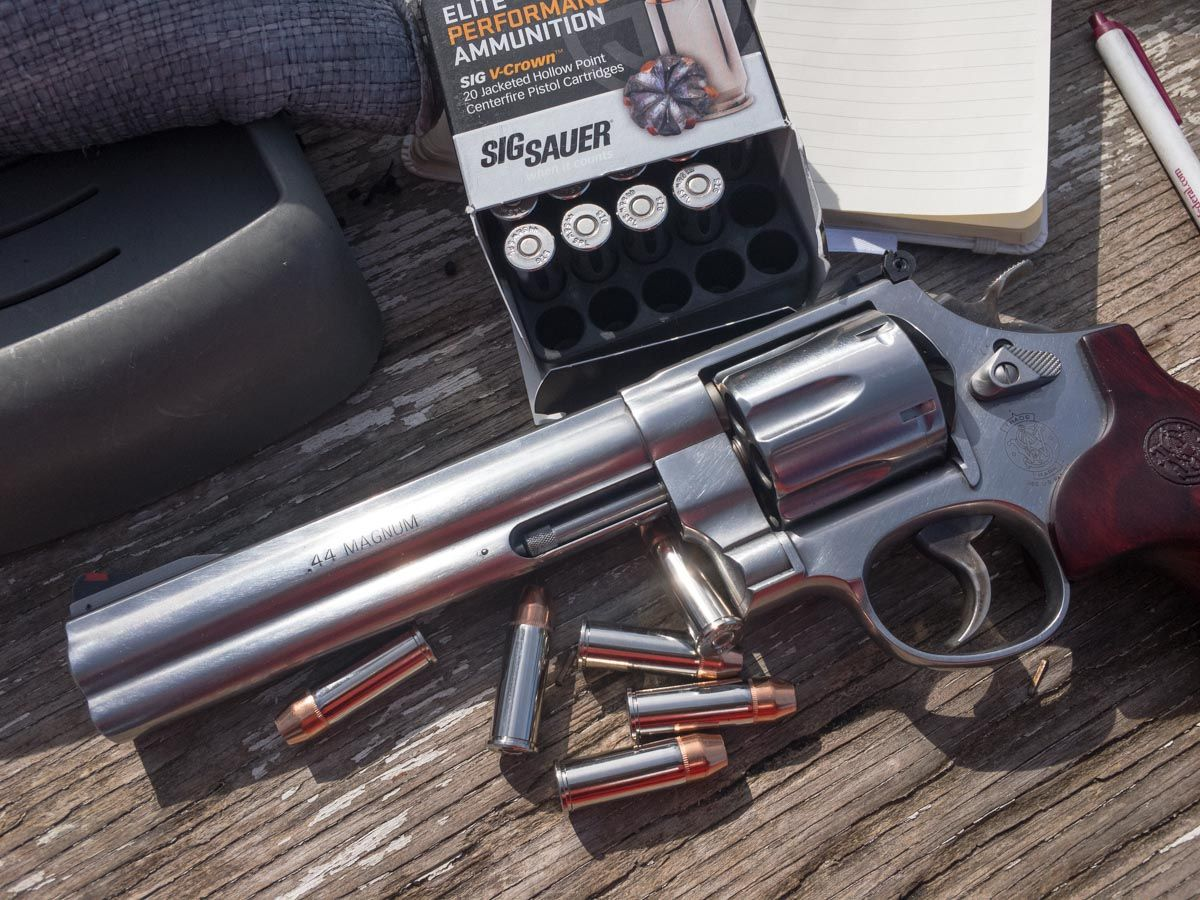 Smith & Wesson's Model 629 Deluxe  44 Magnum | Guns and