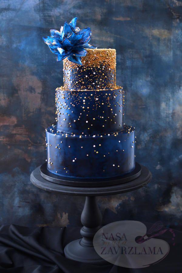 Dark Blue And Gold Sparkle Cake By Nasa Mala Zavrzlama Http