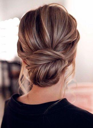 Peinados Para Lucir Espalda Abierta Mono Bajo Weddinghairwithveil Abierta Pinterest Weddinghairwithveil P In 2020 Hair Styles Medium Hair Styles Bun Hairstyles