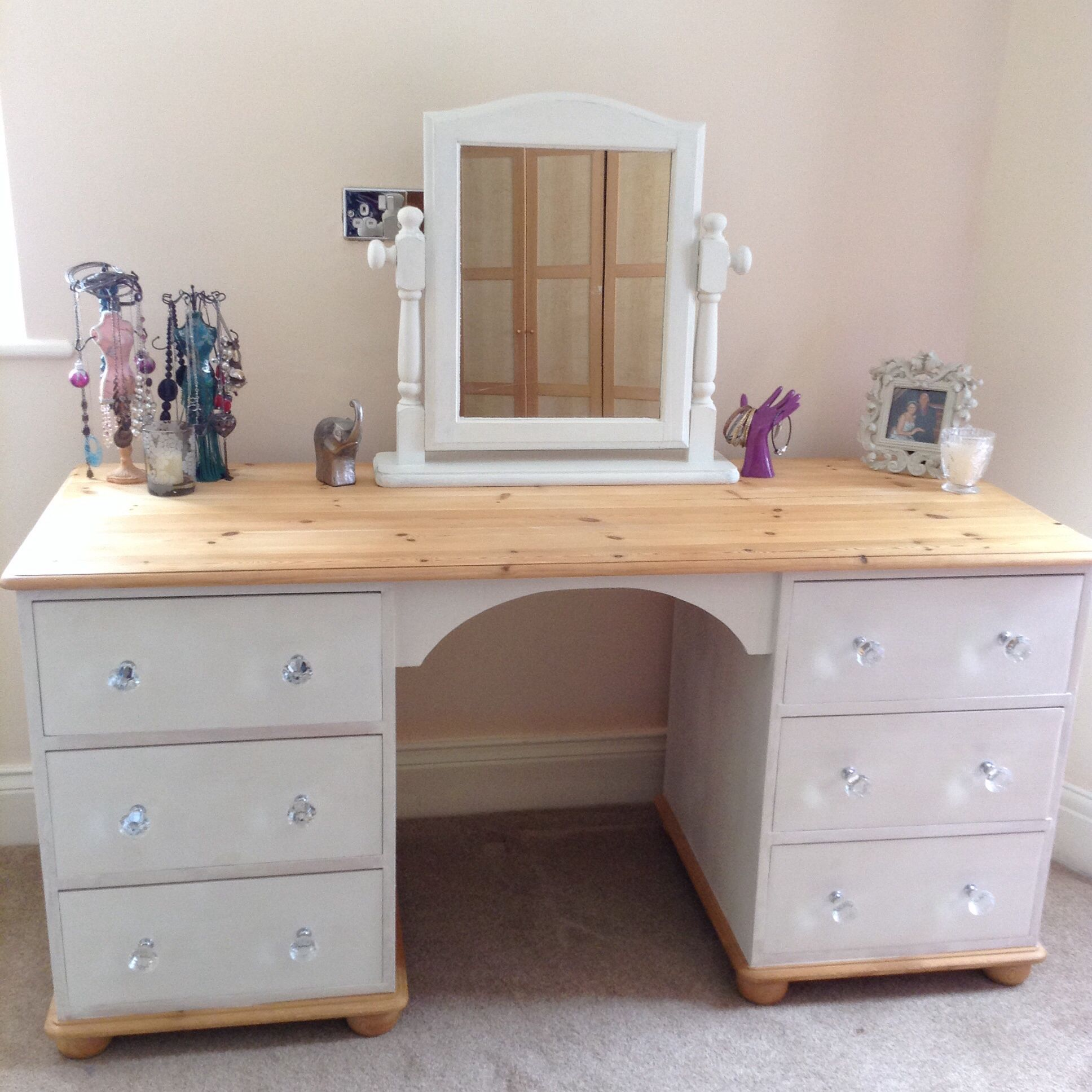 pine dressing table with annie sloan paint makeover tip leave the top surface