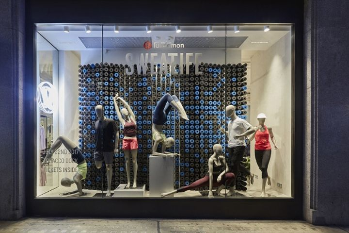 Lululemon Windows And Instore Vm By Lucky Fox London Uk