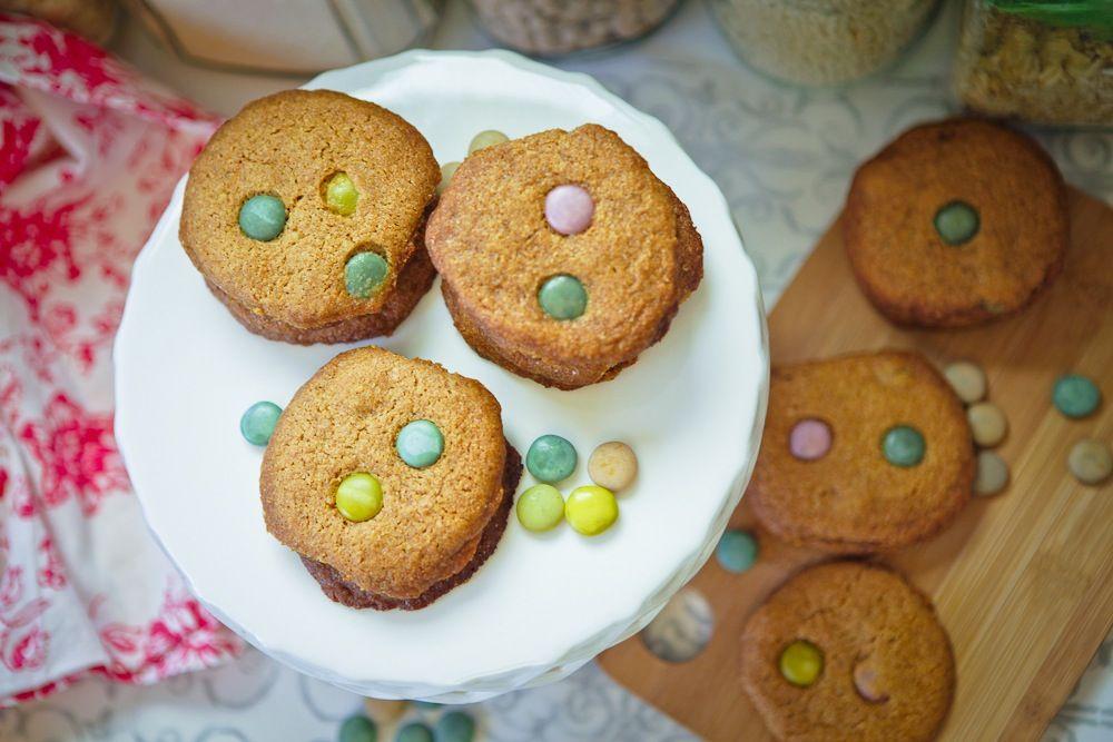 "Vegan ""M"" Cookies #vegan | Keepin' It Kind"