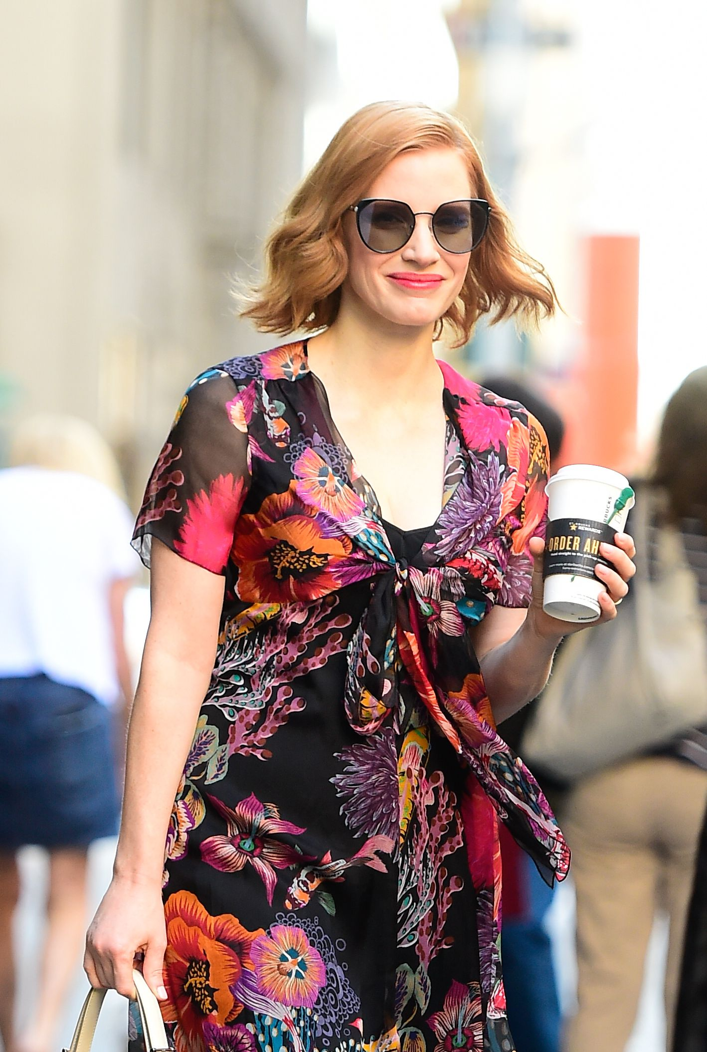 4182198a372 Actress Jessica Chastain was spotted on the streets of New York City  wearing the new Longchamp sunglasses
