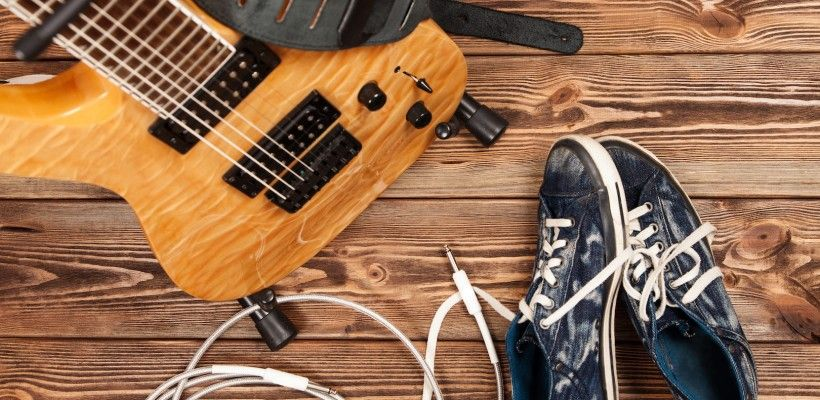 5 Most Essential Guitar Products For Beginners – Uberchord App
