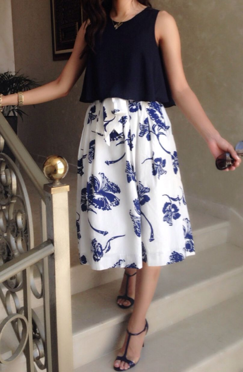 Middy skirt and cropped top zara