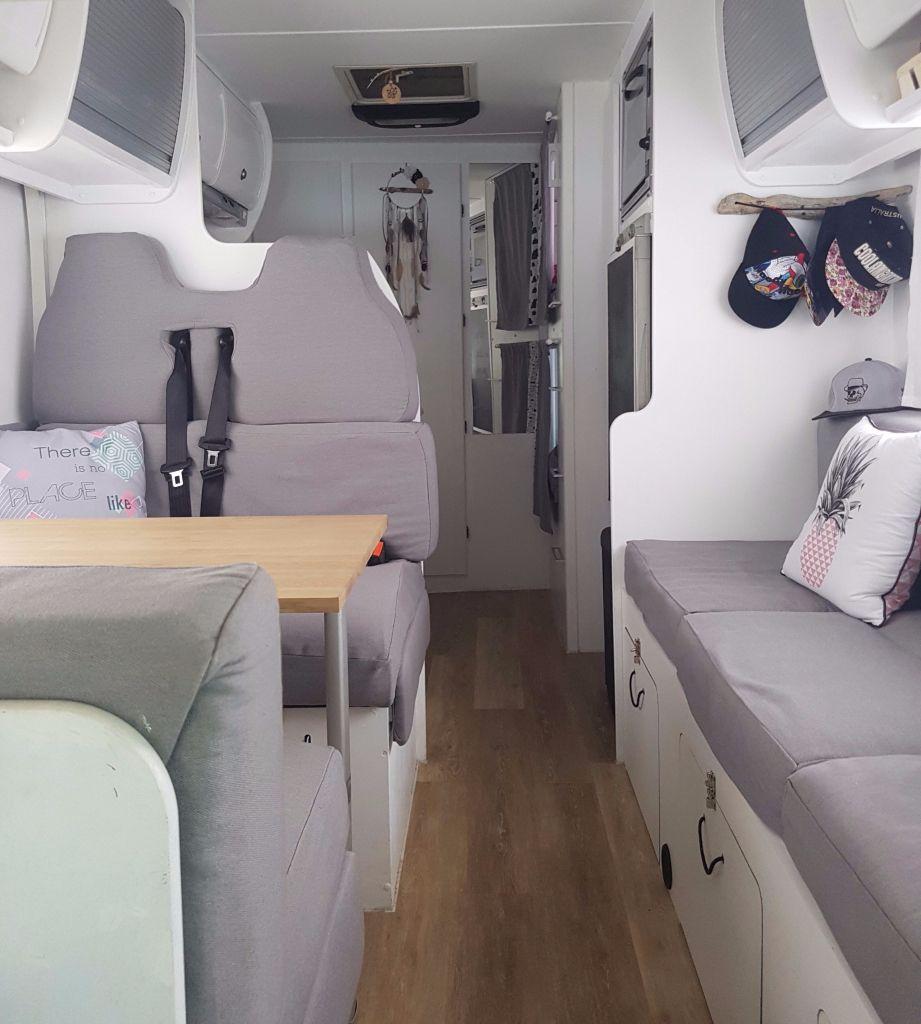 Bienvenu chez nous   Relooking camping car, Rénovation camping car et Intérieur camping car