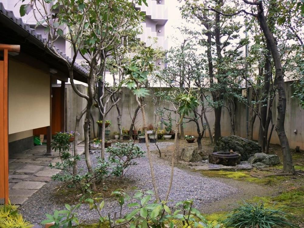 30 Clean and Beautiful Small Japanese Gardens Ideas #smalljapanesegarden Small Japanese Gardens 6 #japanesegardendesign