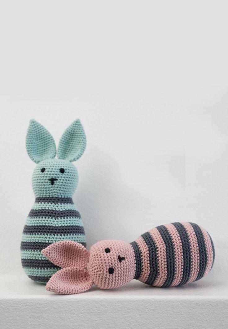 DIY - Free crochet pattern with video tutorial - Graceful, striped rabbits by www.ojhæklerier.dk