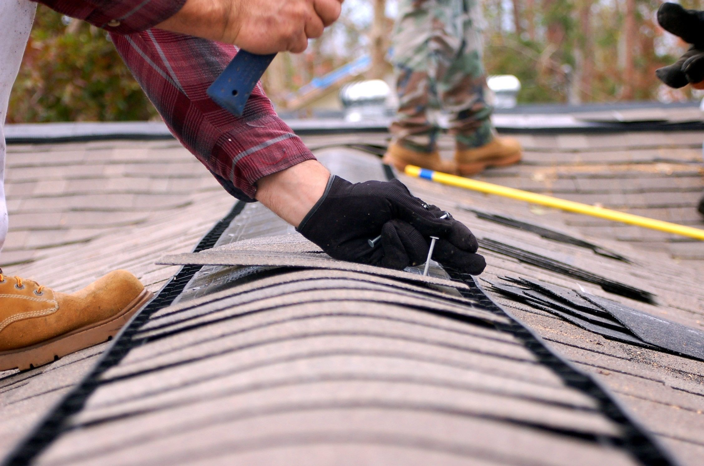 Ferris Roofing Contractors Serves Residential Roofing Customers In The Entire Dallas Fort Worth Metroplex O Emergency Roof Repair Roof Repair Roof Maintenance